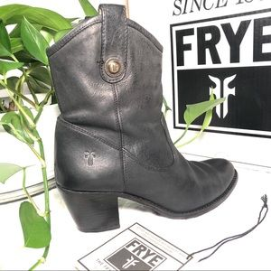 Gorgeous FRYE Jackie Button Short Heeled Boots